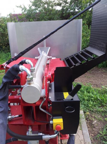 Horizontální štípač HPF 28